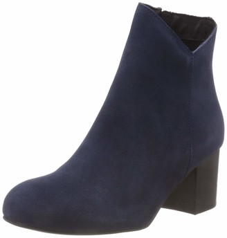 Bianco Women's Suede V-Cut Boot Ankle