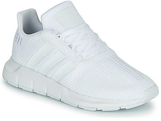 adidas SWIFT RUN C boys's Shoes (Trainers) in White