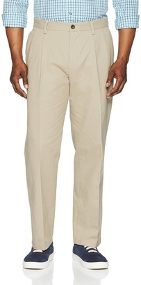 Amazon Essentials Classic-Fit Wrinkle-Resistant Pleated Chino Pant Beige (Khaki) W36/L32