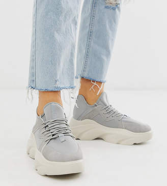 Asos Design DESIGN Wide Fit Director chunky lace up sneakers in gray