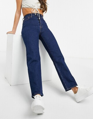 Levi's Ribcage straight leg ankle grazer jeans in mid wash blue