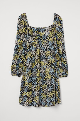 H&M MAMA Patterned Dress