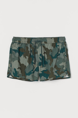 H&M Short Patterned Swim Shorts - Green