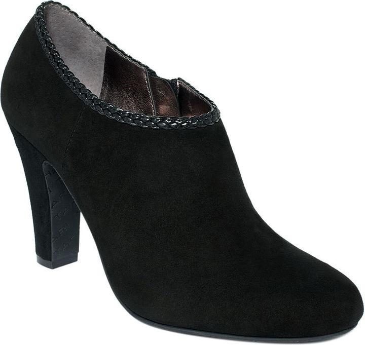Tahari Shoes, Rosalee Shooties