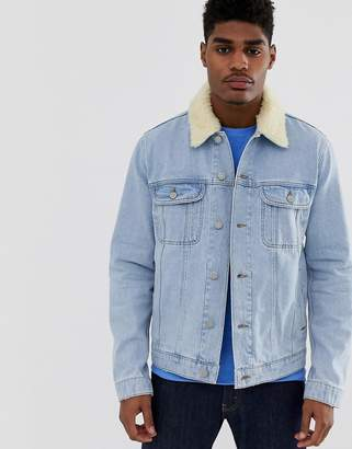 Asos Design DESIGN denim jacket with detachable fleece collar in light wash-Blue