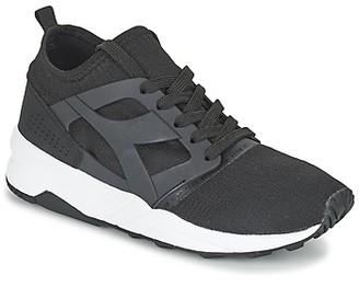 Diadora EVO AEON women's Shoes (Trainers) in Black