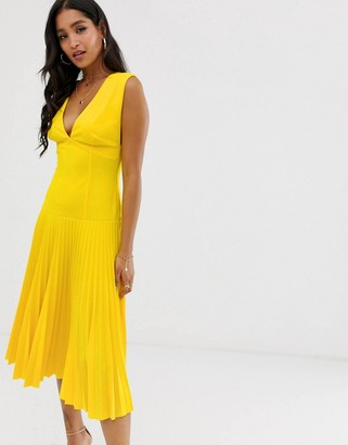Asos Design DESIGN dropped waist pleated midi dress-Yellow