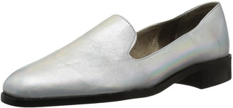 N.Y.L.A. Women's Jazz Slip-On Loafer SIL 6 M US