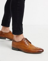philby wing cap brogues in tan