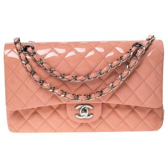 Chanel Timeless/Classique Pink Patent leather Handbags