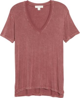 Treasure & Bond Mineral Wash V-Neck T-Shirt