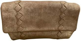 Bottega Veneta Gold Leather Clutch bags