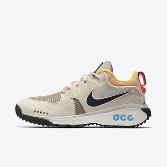 Nike Men's Shoe ACG Dog Mountain
