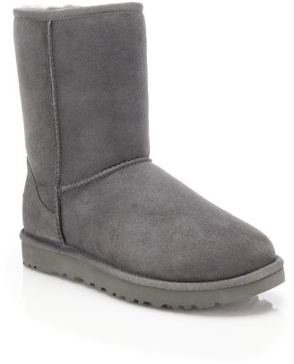 Classic Short II Sheepskin-Lined Suede Boots