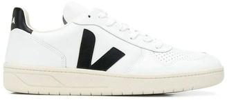 Veja Logo V Sneakers