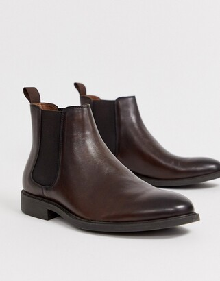 Office mannage chelsea boots in brown leather