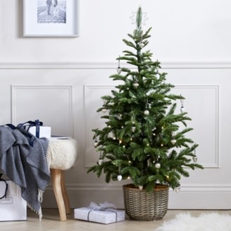 The White Company Pre-Lit Entrance Christmas Tree - 4.5ft, Green, One Size