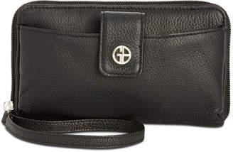 Giani Bernini Softy Leather Tech Wristlet
