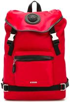 Versus strap fastening backpack - men - Calf Leather/Nylon/rubber - One Size