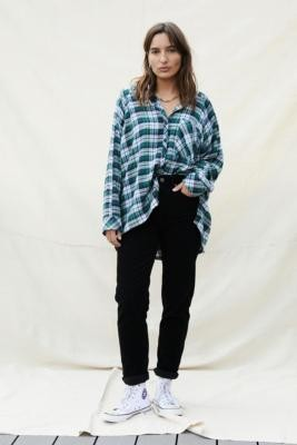 BDG Corduroy Mom Jeans - Black 24 at Urban Outfitters