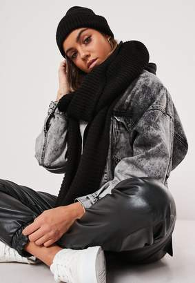 Missguided Black Knitted Hat And Scarf Set
