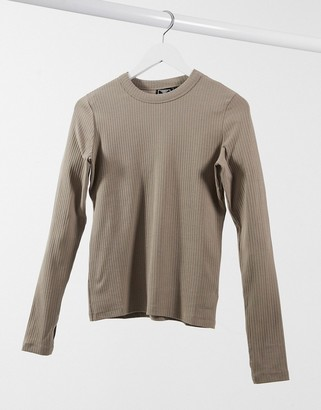 Hummel long-sleeved T-shirt in brown