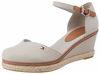 Tommy Hilfiger Women's Basic Closed Toe Mid Wedge Open Sandals