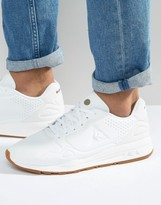 Le Coq Sportif R900 Sneakers In White 1620185