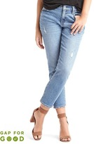 Gap Washwell mid rise best girlfriend jeans
