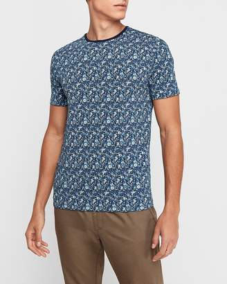 Express Floral Printed Moisture-Wicking Performance T-Shirt