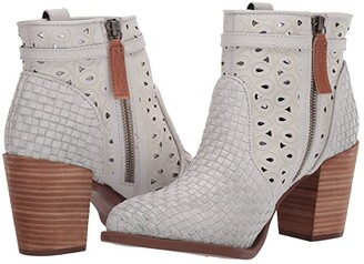 Dingo Be Famous (Off-White) Women's Zip Boots