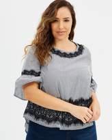 Juliana Frill Sleeve Top