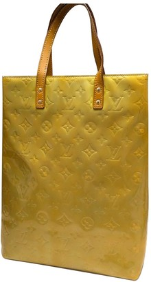 Louis Vuitton Reade Yellow Patent leather Handbags