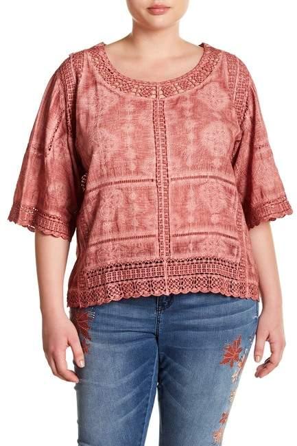 Democracy Crochet Lace Scalloped Blouse (Plus Size)