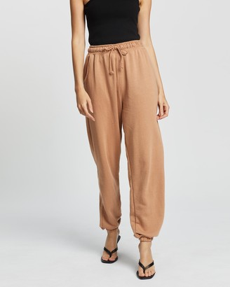Missguided Women's Brown Sweatpants - 90s Oversized Joggers - Size 4 at The Iconic