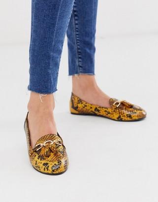Park Lane flat tassel loafers in yellow snake