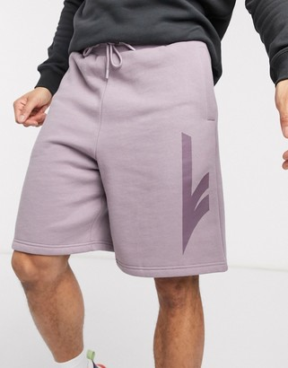 Hi-Tec sweat shorts in mauve