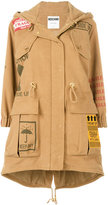Moschino patch print hooded parka