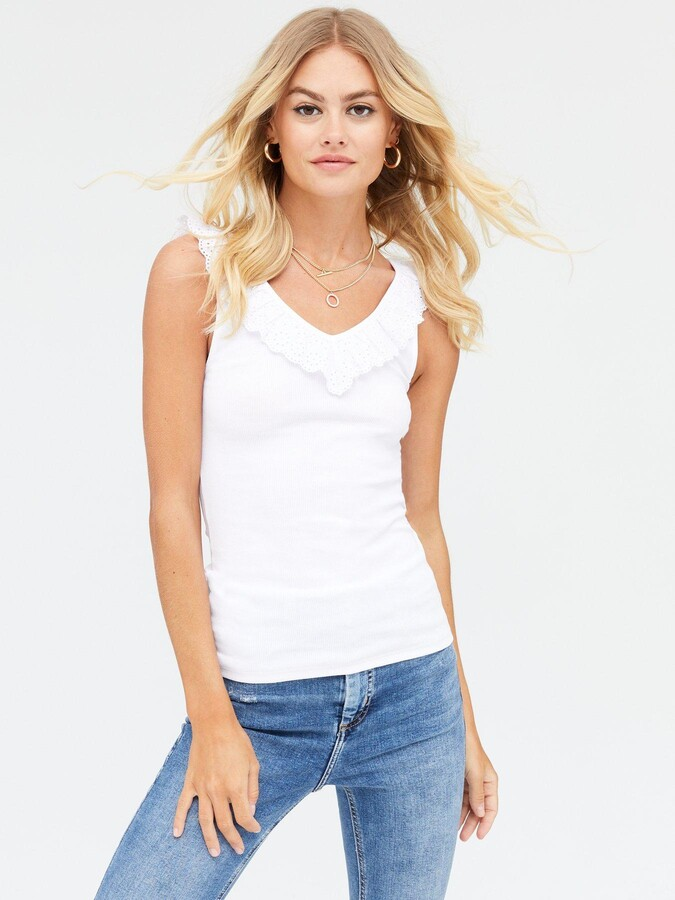 Thumbnail for your product : New Look Broderie Frill V-Neck Vest - White