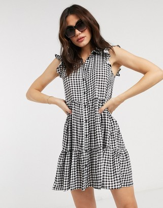 Stradivarius sleeveless shirt dress in mono gingham