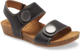 Comfortiva Pamela III Sandal