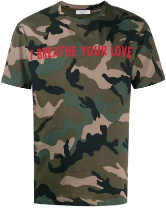 Valentino I Breathe Your Love camouflage T-shirt