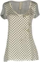 Coast Weber & Ahaus T-shirts - Item 12112134