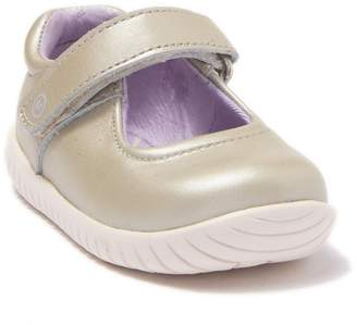 Stride Rite Maya Leather Flat (Baby & Toddler)