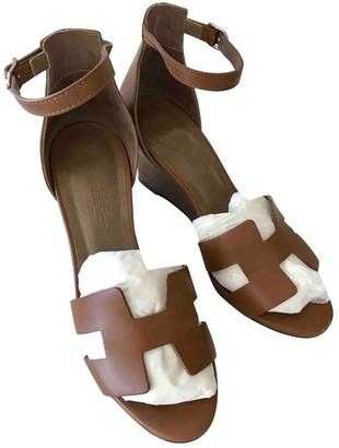Hermes Legend Camel Leather Sandals