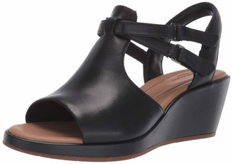 Clarks Women's Un Plaza Way Wedge Sandal