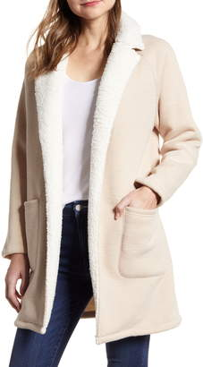 Cupcakes And Cashmere cucakes and cashmere Rosie Faux Shearling Lined Cardigan