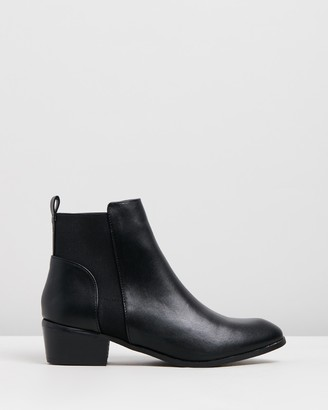 Spurr Women's Black Chelsea Boots - Pip Ankle Boots - Size 5 at The Iconic