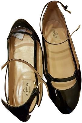 Valentino Black Patent leather Ballet flats