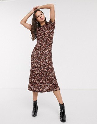 New Look ruched sleeve midi dress in ditsy floral